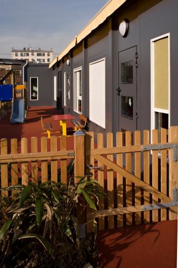 Crèche modulaire à Montreuil le jardin des grands Réalisation EMMANUELLE LE CHEVALLIER architecte
